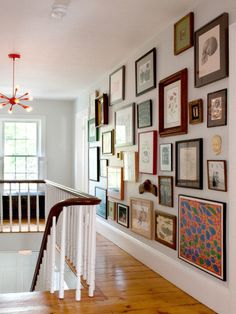 hallways stairways in 2019 hallway decorating, hallway walls Style At Home, Hallway Walls, Art Walls, Upstairs Hallway, Wall Art, Hallway Art, Upstairs Landing, Hallways, Wall Collage