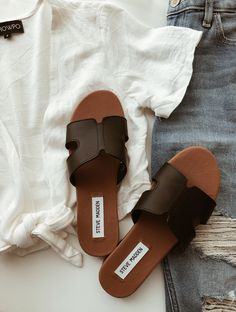 8b3a3568c63 such a cute dupe for the Hermes Oran Sandals!
