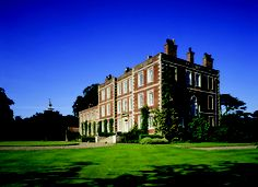 Gunby Hall, Spilsby, Lincolnshire, England. Welsh Country, Lincolnshire England, Hall House, English Manor Houses, Tower House, Historic Houses, Country Houses, British Isles, Queen Anne