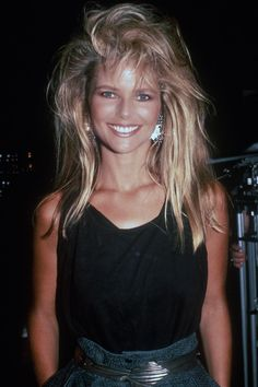 Beauty Icons - Best Supermodels and Actresses of - Christie Brinkley Costume Année 80, 80s Workout Costume, Moda 80s, 80s Party Outfits, 80s And 90s Fashion, 80s Fashion Icons, 80s Fashion Party, 1980s Fashion Trends, The Wedding Singer