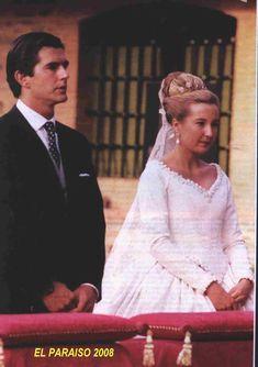 Princess Cristina de Borbon Two-Sicilies, wearing the family diamond tiara when she wed Pedro Lopez-Quesada