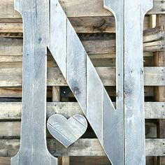Just another lovely rustic wedding guestbook letter ready to ship. This one is mostly grey, smooth. Big Wooden Letters, Rustic Letters, Modern Country, Country Chic, Letter Guest Book, Wedding Letters, Urban Decor, Rustic Wedding Guest Book, Guest Book Alternatives
