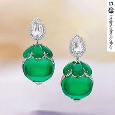 Devine diamond and magnificent emerald earrings designed by Boghossian Jewels ~ Beautifully cut matching cabochons and epic matching oval cabochon emeralds that weigh over each! Art Deco Jewelry, Vintage Jewelry, Fine Jewelry, Jewelry Design, Jewelry Crafts, Emerald Jewelry, Diamond Jewelry, Jewellery Uk, Sapphire Earrings