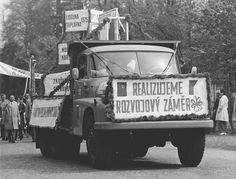 Old Cars, Monster Trucks, History, Vehicles, Model, Old Trucks, Automobile, Historia