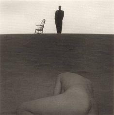 https://flic.kr/p/7TXfpE | Shoji Ueda aus der serie Mode in den Dünen 1985 | Shōji Ueda – 'less is more' oder ein Meisterfotograf aus Japan: yourartshop-noldenh.com/?p=8419