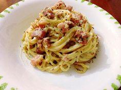 Reteta Spaghete Carbonara - Spaghete Pasta Carbonara, Bacon, Food Porn, Food And Drink, Cooking, Ethnic Recipes, Paste, Ice Cream, Coffee