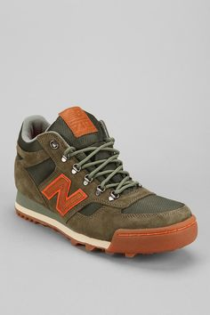 New Balance Suede 710 Sneaker