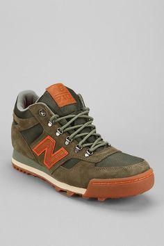 New Balance Suede 710 Sneaker