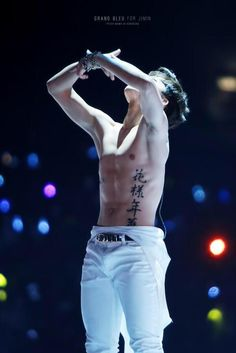 During 2014 MAMA, 花樣年華 was tatoo paint on Jimin. No one guest that this will be BTS comeback info