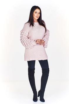 Dámský vlněný svetr. Sweaters, Dresses, Fashion, Vestidos, Moda, Fashion Styles, The Dress, Fasion, Sweater