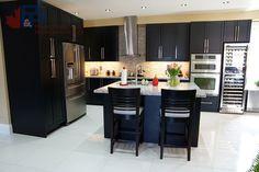 Kitchen by P&P RENOVATIONS | Via HomeStars.