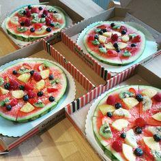 Was essen #Turtles am liebsten? Genau. Und da der Mittlere ja heute seinen #Turtles5 Geburtstag im Kindergarten nachfeiert, gibt's heut Pizza zum Geburtstags-Frühstück. (und Pancakes natürlich)