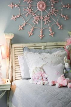 Shabby chic girls room- l like the idea of painting the grill light pink