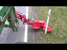 Zaunkönig AT MACHINERY - YouTube Sub Compact Tractors, Carnival Dancers, Farm Entrance, Tractor Accessories, Tractor Implements, Tractor Attachments, Farm Tools, Engin, Homemade Tools