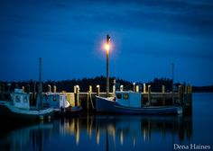 5 Quick Tips for Better Blue Hour Photography #photography #phototips http://digital-photography-school.com/5-quick-tips-for-better-blue-hour-photography/