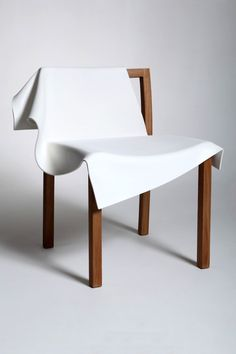 1-toga-chair-front.j