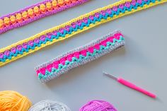 Crochet headbands in beautiful bright colors are a great hint into someone's playful and loads of fun personality! Crochet headbands in beautiful bright colors are a great hint into someone's playful and loads of fun personality! Crochet Headband Free, Crochet Baby, Free Crochet, Knit Crochet, Crochet Flower Patterns, Crochet Flowers, Crochet Ideas, Pattern Flower, Crochet Hook Set