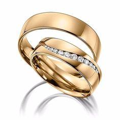 Eligiendo tus anillos de boda - bodas.com.mx Alternative Wedding Rings, Wedding Rings Simple, Unique Rings, Engagement Rings Couple, Rose Gold Engagement Ring, Vintage Engagement Rings, Matching Wedding Bands, Diamond Wedding Bands, Couple Ring Design