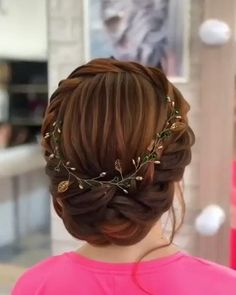 Gorgeous bridal hair styles for girls. - Gorgeous bridal hair styles for girls. Cool Braid Hairstyles, Easy Hairstyles For Long Hair, Bride Hairstyles, Short Bridal Hairstyles, Female Hairstyles, Updos Hairstyle, Style Hairstyle, Hairstyles 2018, Beautiful Hairstyles