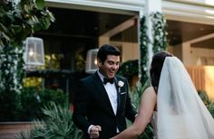 Reações dos noivos ao ver as noivas prontas para o sim   Pronta Para o Sim