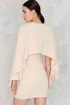nasty gal. kendra plunging cape dress. nude. #fashion