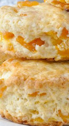Apricot Coconut Scones - tender scones with great coconut flavour and sweet chunks of apricot baked right in. A dainty, delicious addition to afternoon tea. Brunch Recipes, Sweet Recipes, Breakfast Recipes, Dessert Recipes, Breakfast Scones, Rock Recipes, Fruit Scones, Lemon Scones, Cream Scones