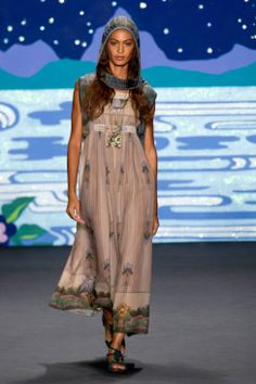 Anna Sui Spring 2014 Ready-to-Wear Runway - Anna Sui Ready-to-Wear Collection
