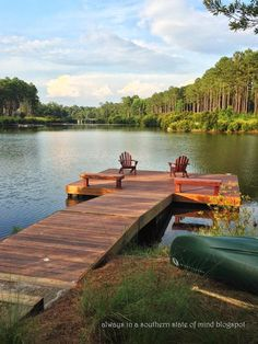 29 Ideas house lake view southern living The post 29 Ideas house lake view southern living appeared first on Architecture Diy. Lakeside Living, Outdoor Living, Outdoor Spaces, Lakeside Cabin, Lake Dock, Docks Lake, Sand Lake, Boat Dock, River House