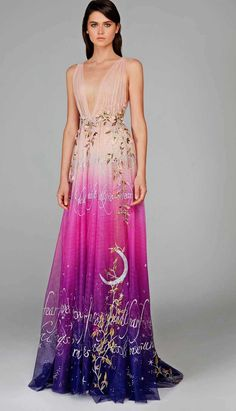 November 23 2019 at Hamda Al Fahim Fall 2018 Haute Couture. fashion / style / women / minimal / dresses / for her / Strapless Dress Formal, Formal Dresses, Fantasy Dress, Couture Collection, Beautiful Gowns, Formal Wear, Runway Fashion, Couture Fashion, Fashion Fashion