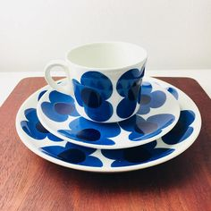 "RARE vintage Arabia Finland ceramic coffee cup set named ""Aurinko"", designed by Esteri Tomula / Göran Bäck, Made in Finland"