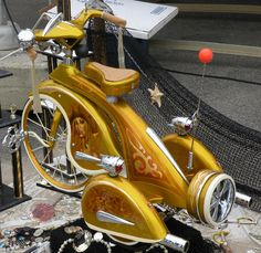 Custom old school tricycle Custom Trikes, Custom Motorcycles, Cool Bicycles, Cool Bikes, Velo Tricycle, Velo Retro, Retro Bikes, Lowrider Bicycle, Drift Trike