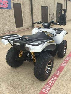 New 2017 Yamaha Grizzly EPS SE ATVs For Sale in Texas. 2017 Yamaha Grizzly EPS SE, 2017 Yamaha Grizzly!! The Grizzly EPS Special Edition boasts unmatched performance and impressive good looks. - GRIZZLED GOOD LOOKS The Grizzly EPS Special Edition boasts unmatched performance and impressive good looks. Arlington Motorsports is a located on major freeway HWY 360 between Dallas and Fort Worth Texas in the middle of the Metroplex. 1 mile from Six Flags, Hurricane Harbor and the New AT&T Stadium…