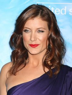 Kate Walsh with wavy hair