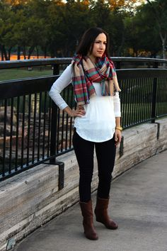 See how Andrea from @loubiesandlulu styles the Layla Shearling boots!