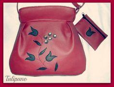 Bordó elegancia táska fekete tulipánokkal+ajándék pénztárca Coin Purse, Purses, Wallet, Fashion, Elegant, Handbags, Moda, Fashion Styles, Fashion Illustrations