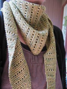 lacy baktus scarf, knit pattern