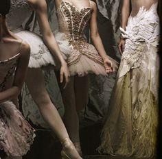 walkingthruafog:  Ballerina