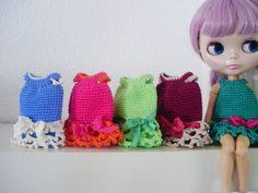 Vestido de crochet para Blythe por blythemia en Etsy, €19.00