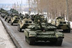 Russian Army T-90A, BTR-82As and other armored vehicles at Ekaterinbug April 3, 2014
