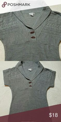Cable Knit Sweater Shawl collar sets off this Gray short sleeve sweater with wood grain buttons. Beautiful and stylish. Very versatile- dress up or down. Worn only a handfull of times- in great condition. Hannah Sweaters Crew & Scoop Necks