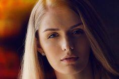Beautiful Lavinia Stegaru plays with colors