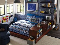 I love the PBteen Shelter Island Bedroom on pbteen.com -   ◆Let's hear it for the boys!◆