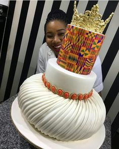Adorable African Wedding Cake Ideas That You Will Love For Your Inspirations - How to plan an African Inspired Wedding on a Budget Many African American couples like the idea of incorporating their heritage into their wedding nup. African Wedding Cakes, African Wedding Theme, African Wedding Attire, African Weddings, Ghana Wedding Dress, Ghana Traditional Wedding, African Traditional Wedding Dress, Traditional Cakes, Afro