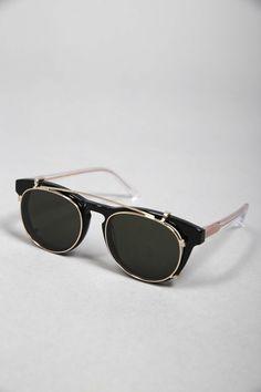 TIMELESS CLIP-ON BLACK CLEAR SUN #lunettes #de #soleil #noir #clipon #homme #femme #men #women #sunglasses #black #handmade #Carl #Zeiss #Graduate #Han #Kjobenhavn 135€