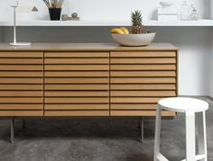 Punt - Sideboard Sussex + Hocker Jo Stool