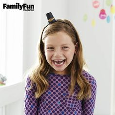 Itsy-Bitsy Piligrim Hat: Be sure to grab some pics of everyone in the family modeling this petite topper.