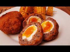 Skót tojás avagy scotch egg , egy nagyon finom fűszeres hússal beburkolt tojás kirántva .A maga egyszerűségében egy nagyon finom tartalmas étel .Próbáljátok ...