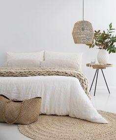 Modern Rustic Scandinavian Bedroom Design Ideas - Home Decoraiton Minimalist Bedroom, Minimalist Decor, Easy Home Decor, Cheap Home Decor, Living Room Decor, Bedroom Decor, Bedroom Ideas, Bedroom Signs, Decorating Bedrooms