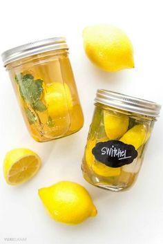 デトックスに:スウィッチェル ・水(カップ3と2分の1杯) ・レモン(2個分の果汁) ・りんご酢(大さじ3杯) ・ショウガ(1かけすりおろす) ・メープルシロップ、はちみつはお好みの量入れます。冷蔵庫で少なくとも2時間は冷やします。飲む前によくまぜます。炭酸水や氷で割ってもok!