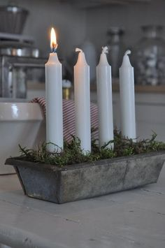 Advent candles -Make a set for the kids when they have their first Christmas in their own homes. Swedish Christmas, Scandinavian Christmas, Noel Christmas, Rustic Christmas, Simple Christmas, Winter Christmas, All Things Christmas, Christmas Crafts, Christmas Decorations